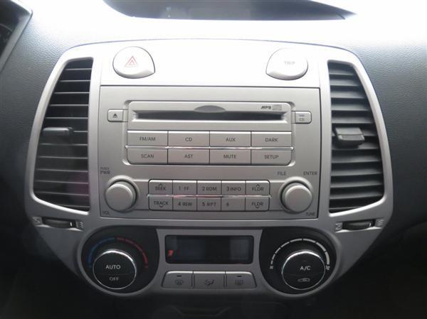 Xe Hyundai i20 -   cũ Nhập khẩu 2011
