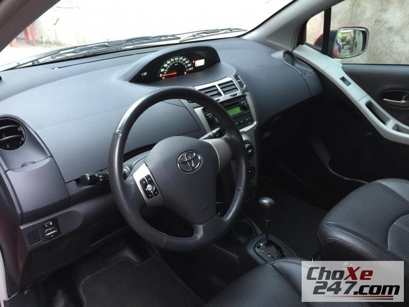 Xe Toyota Yaris 5 2011