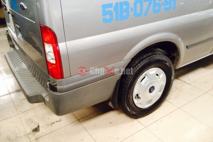 Xe Ford Transit  2010