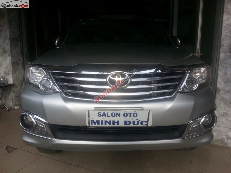 Xe Toyota Fortuner G 2012
