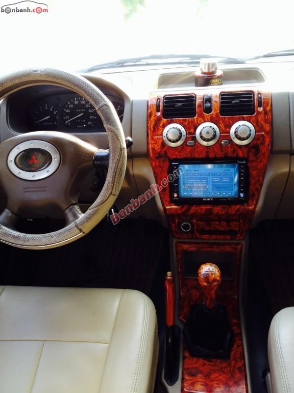 Xe Mitsubishi Jolie  2006