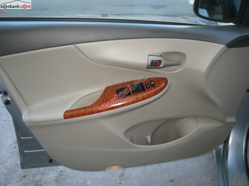 Xe Toyota Corolla altis 1.8 MT 2010