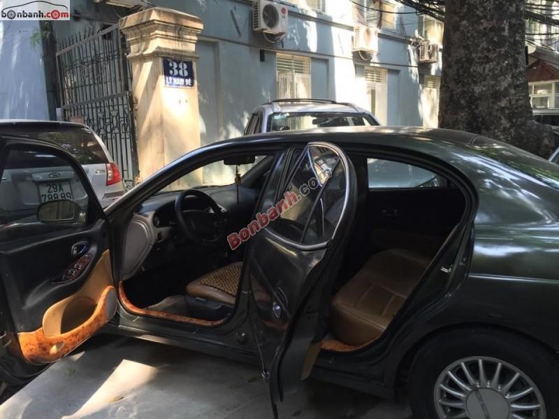 Cần bán xe Daewoo Leganza đời 1999, màu xám, xe nhập chính chủ, giá 150tr