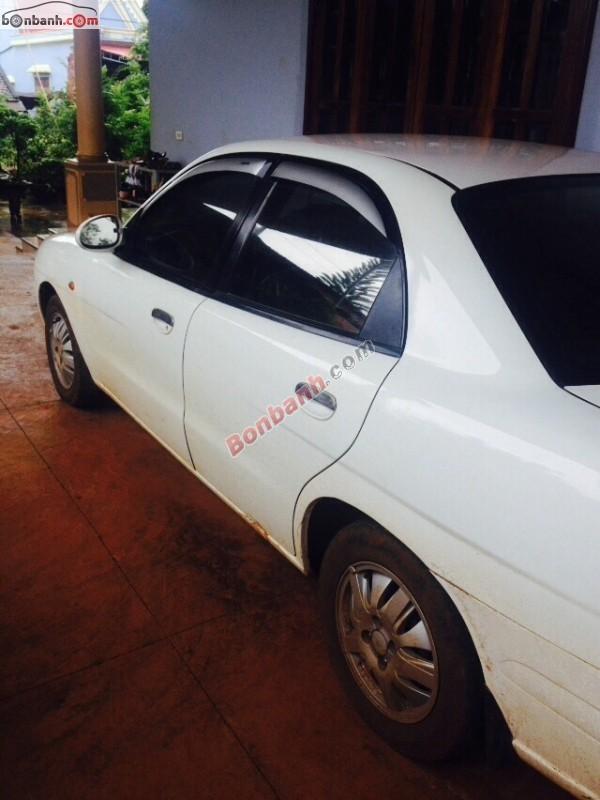 Bán Daewoo Nubira đời 2001, màu trắng chính chủ
