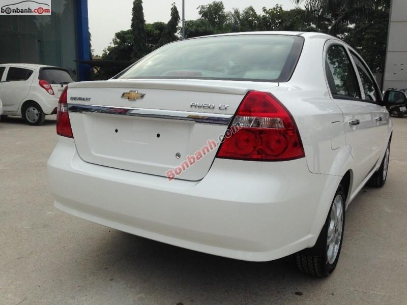 Bán ô tô Chevrolet Aveo LT đời 2015, màu trắng