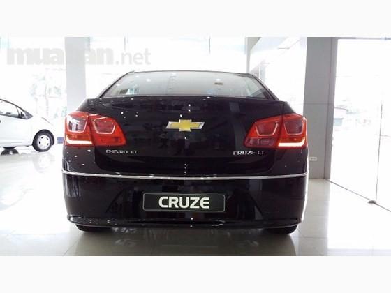 Bán xe Chevrolet Cruze đời 2016, màu đen, xe nhập, 572tr
