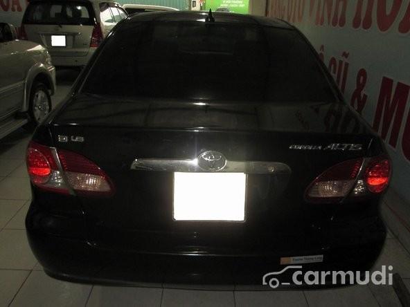Cần bán lại xe Toyota Corolla Altis đời 2005, màu đen