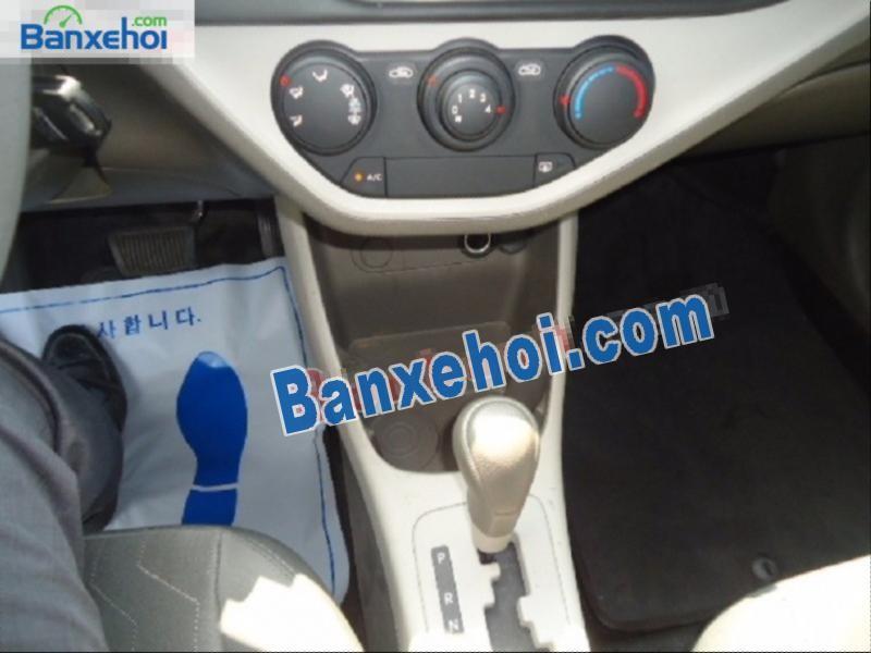Cần bán gấp Kia Morning Van năm 2013, màu trắng, nhập khẩu nguyên chiếc