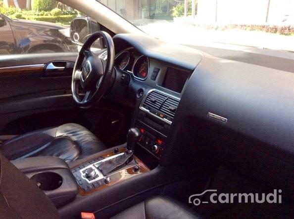 Cần bán xe Audi Q7 đời 2006, màu đen, xe nhập khẩu, giá cạnh tranh