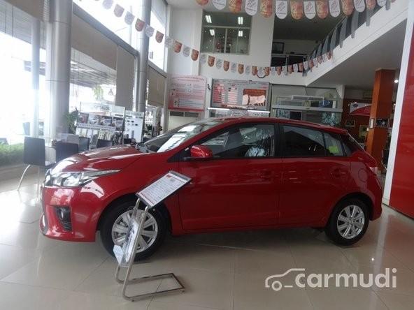 Bán xe Toyota Yaris đời 2016, màu đỏ, giá chỉ 643 triệu