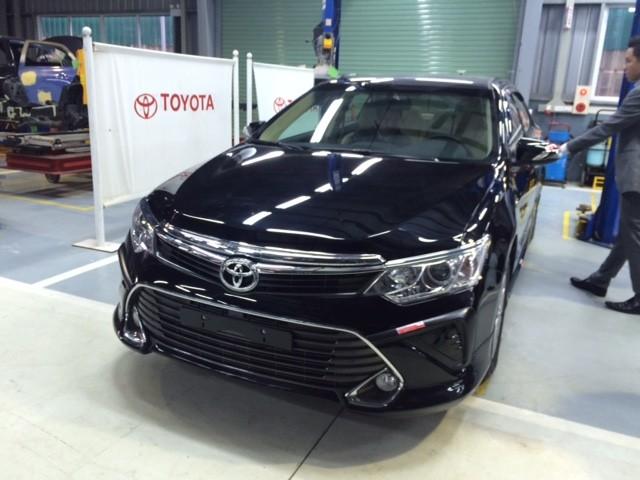 Toyota Camry 2.0E 2017 giá tốt nhất, hỗ trợ KH vay TG