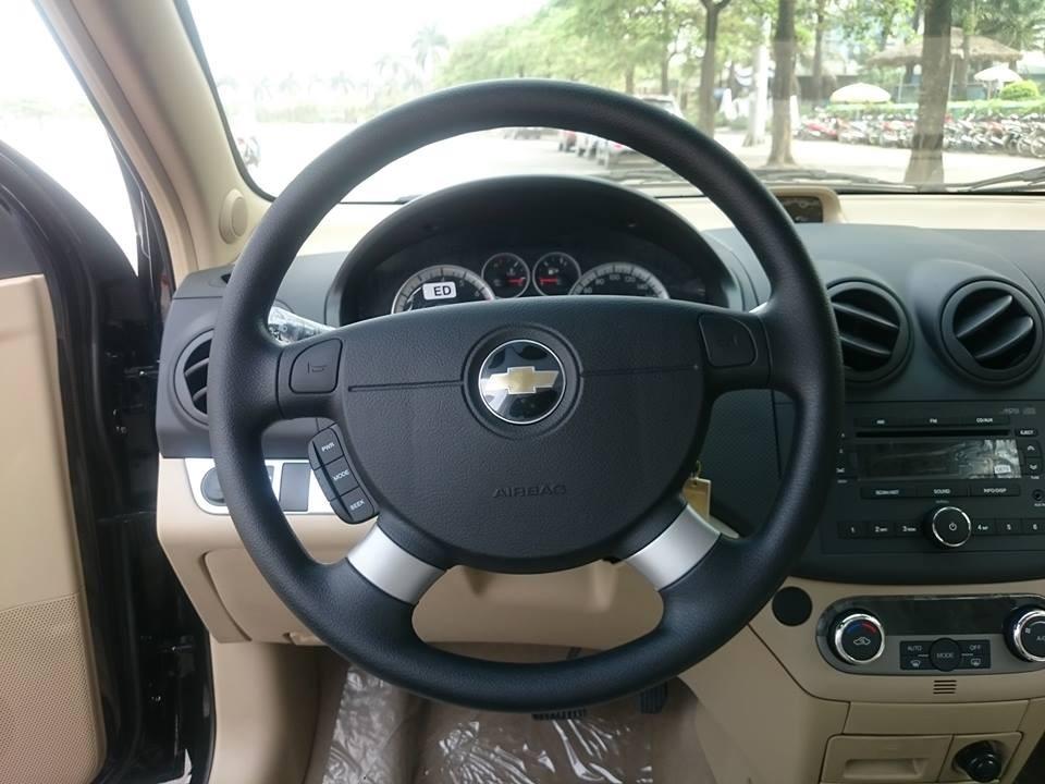 Cần bán Chevrolet Aveo LTZ đời 2016, màu đen giá cạnh tranh
