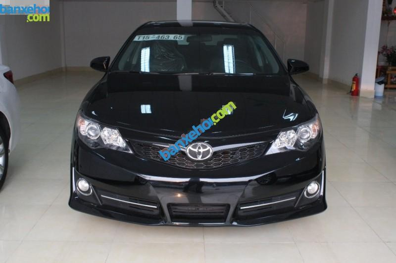 Xe Toyota Camry SE 2.5 2014