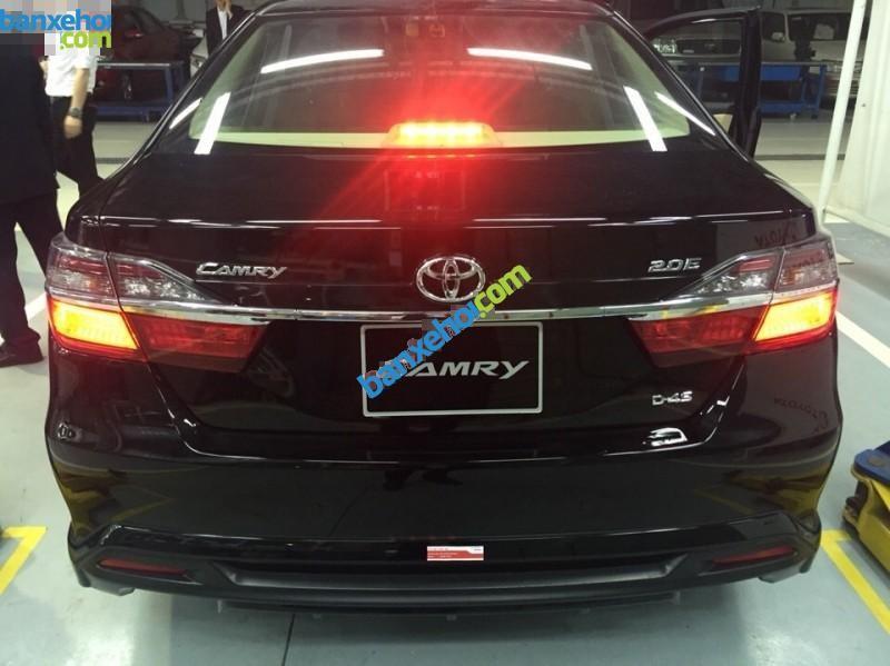 Xe Toyota Camry 2.0E 2015