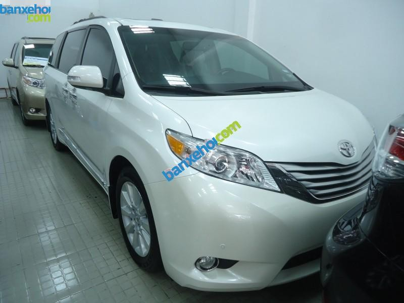 Xe Toyota Sienna Limited 2013