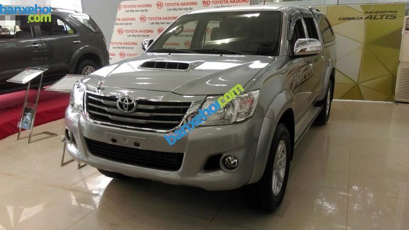 Xe Toyota Hilux 3.0G 4x4 MT 2015