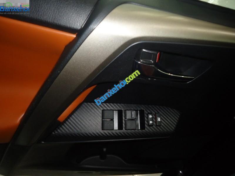 Xe Toyota RAV4  2014