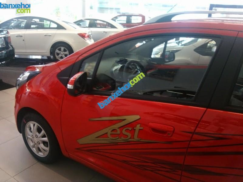 Xe Chevrolet Spark Zest 2015