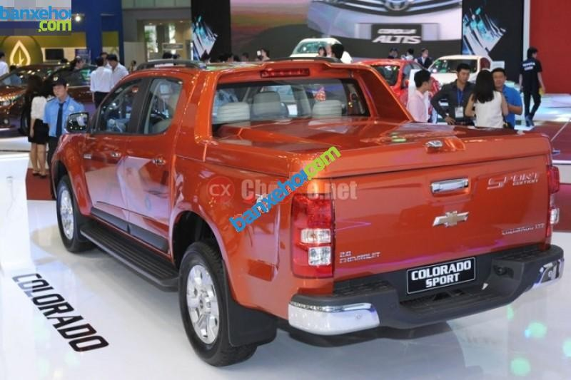 Xe Chevrolet Colorado LTZ 2015