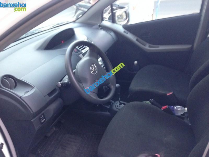 Xe Toyota Yaris 1.3 2008