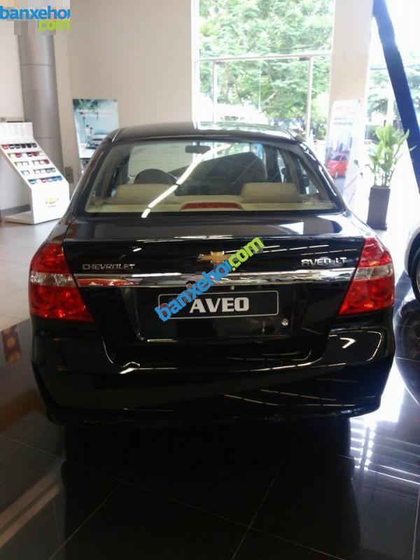 Xe Chevrolet Aveo LT 2015