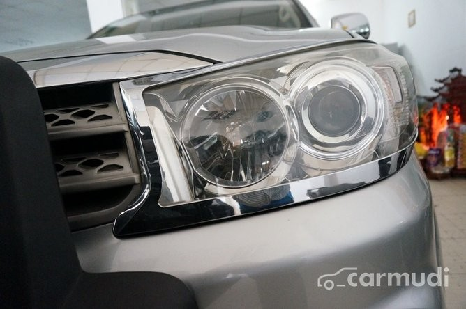 Xe Toyota Fortuner 2.7 2009