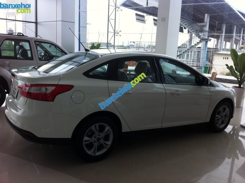 Xe Ford Focus 1.6 2015