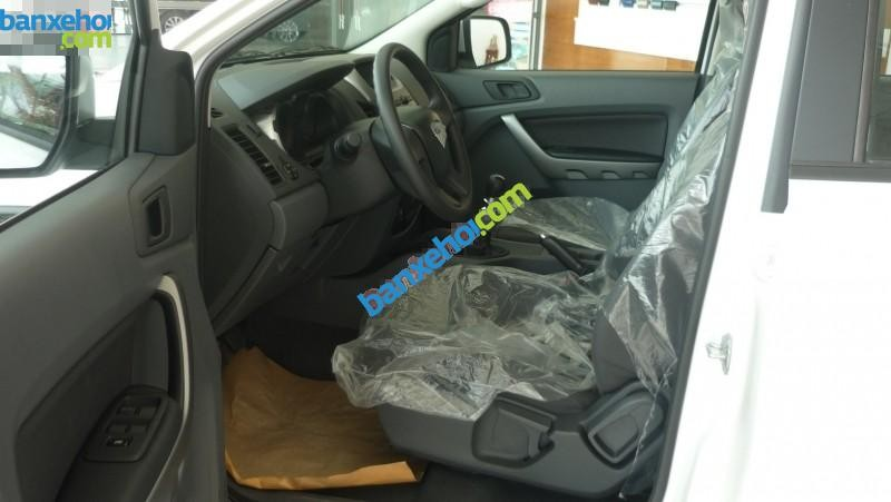 Xe Ford Ranger XLS MT 2015