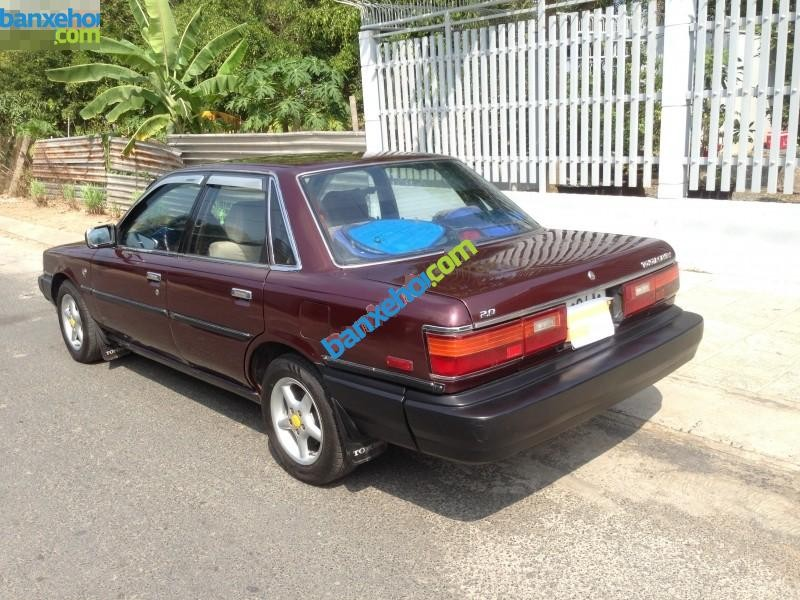 Xe Toyota Camry 2.0  1989