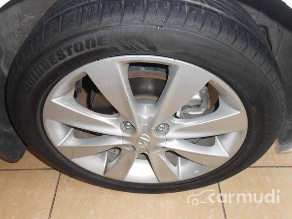 Xe Hyundai Accent  2011