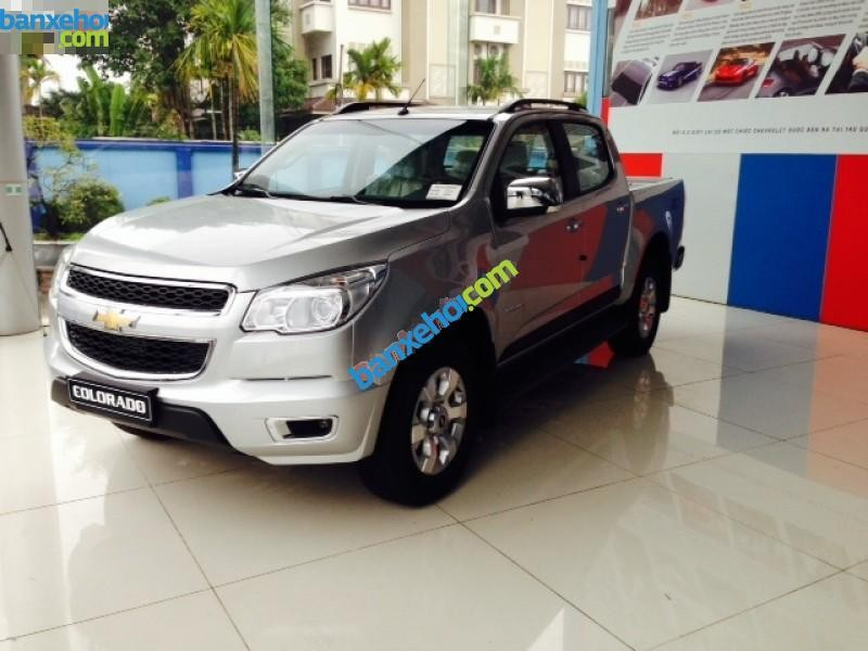 Xe Chevrolet Colorado LT 4x4MT 2015