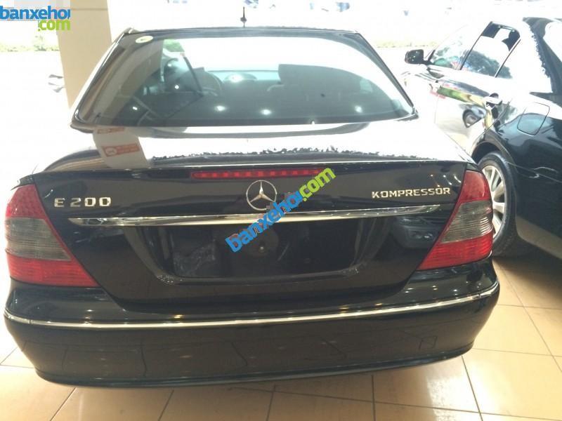 Xe Mercedes-Benz E class E200 2008