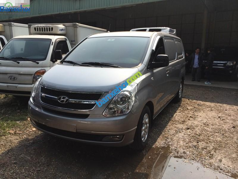 Xe Hyundai Starex CVX 2013