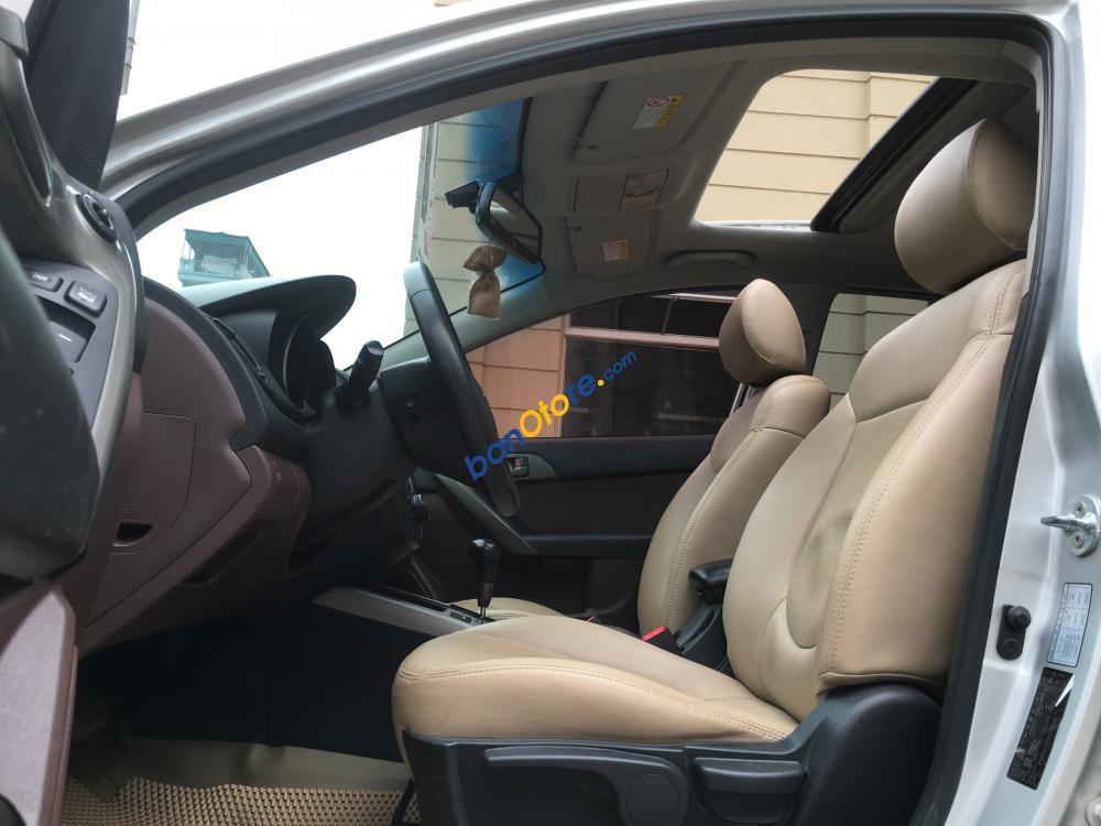 Cần bán xe Kia Forte SLI sản xuất 2009, màu bạc, xe nhập