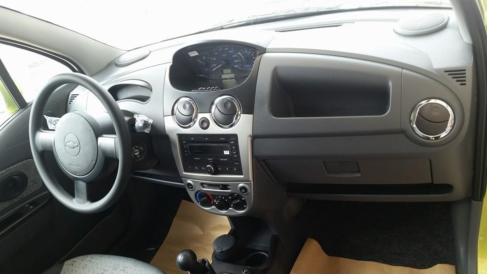 Mua ô tô Chevrolet Spark chỉ từ 70 triệu đồng