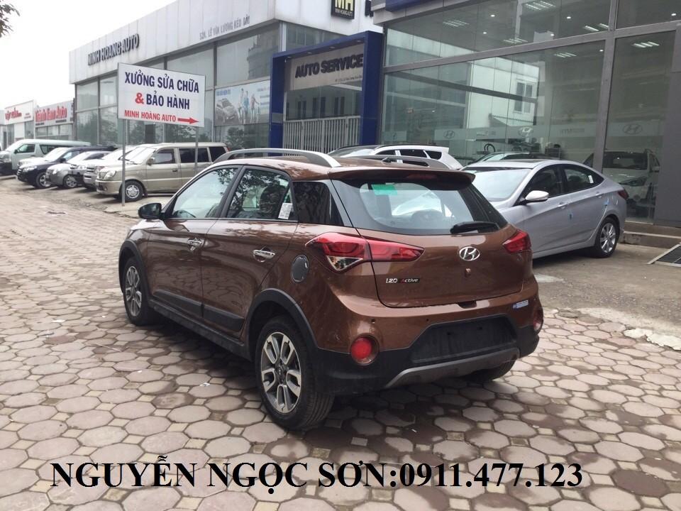 Bán xe Hyundai i20 Active 2017, màu nâu, nhập khẩu, giá tốt