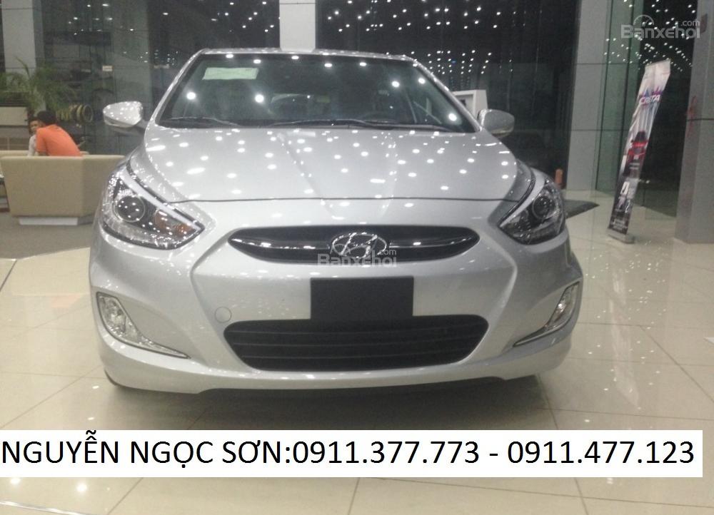 Cần bán xe Hyundai Accent mới 2016, màu bạc, nhập khẩu chính hãng, 532 triệu