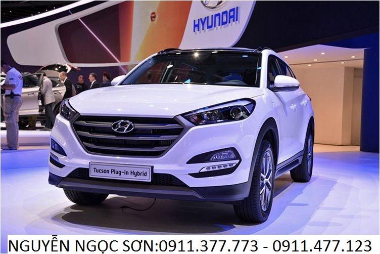 Cần bán Hyundai Tucson mới 2017, màu trắng, nhập khẩu nguyên chiếc, giá 910tr
