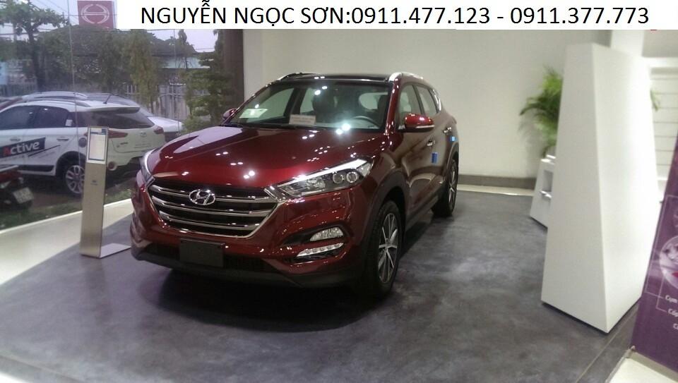 Cần bán xe Hyundai Tucson đời 2017, màu đỏ, nhập khẩu, 925 triệu