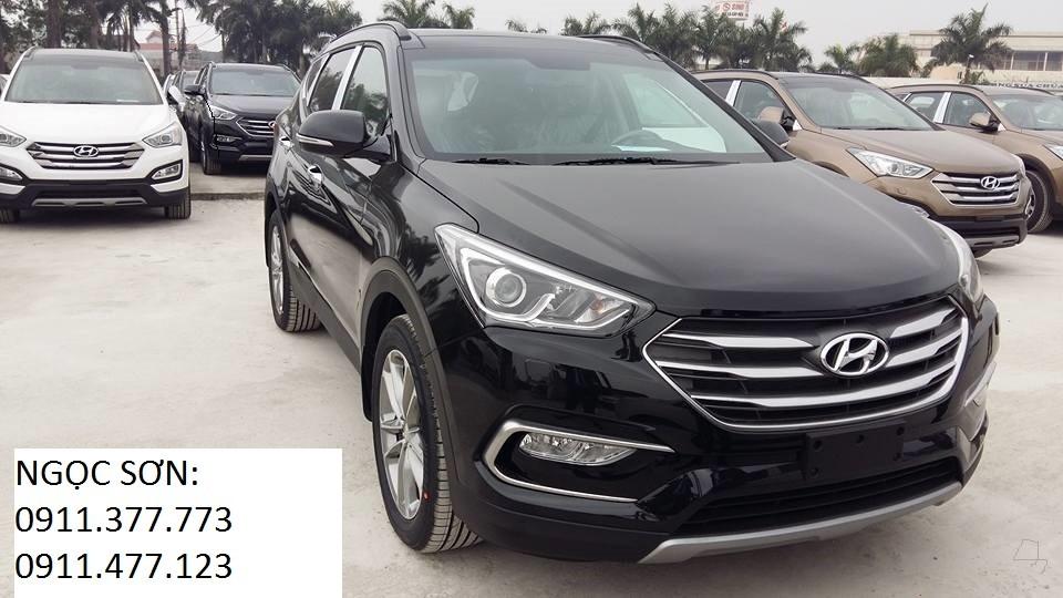 Cần bán Hyundai Santa Fe mới đời 2017, màu đen, nhập khẩu chính hãng