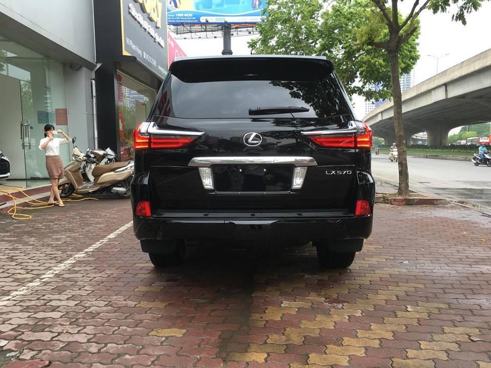 Cần bán Lexus LX 570 Platinum 2016, màu đen, nhập khẩu nguyên chiếc