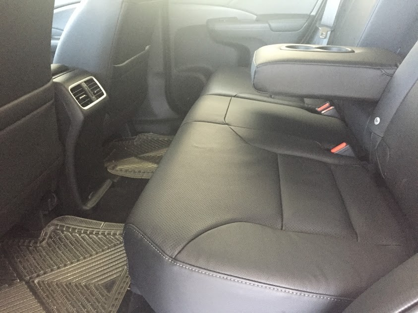 Bán Honda CRV 2.0 đời 2016 với mức giá chỉ 1 tỷ 008 triệu, giao xe ngay, hỗ trợ vay ngân hàng đến 80%