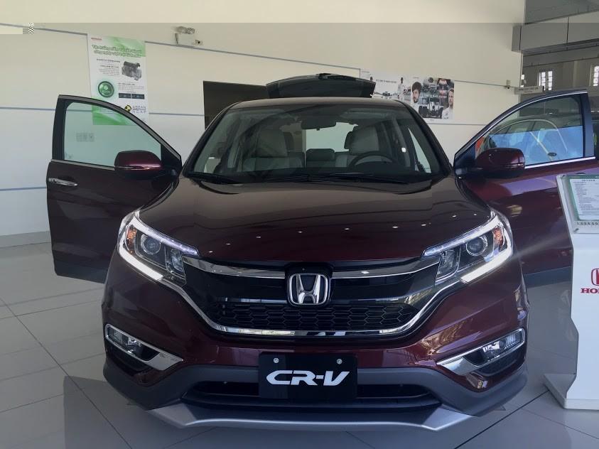 Bán Honda CRV 2.4 2016 màu đỏ với giá 1 tỉ 158 triệu đồng, giao xe ngay