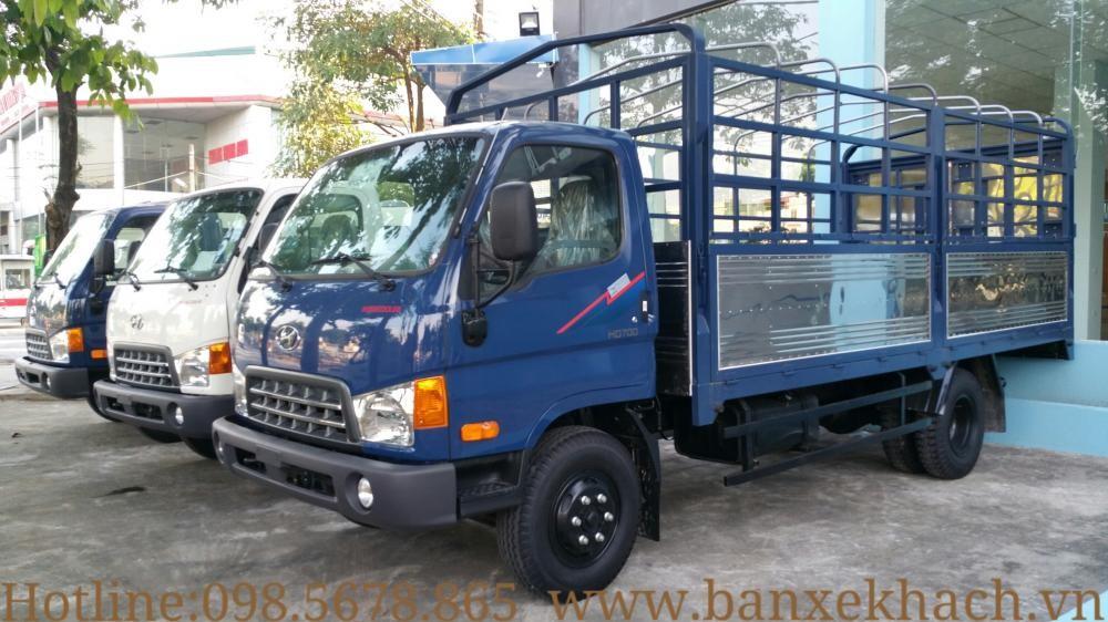 Xe tải 7 tấn Hyundai HD700 Mighty Đồng Vàng, khuyến mại thuế trước bạ