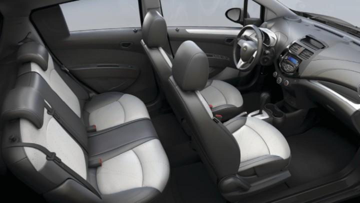 Cần bán xe Chevrolet Spark 1.2, trả góp chỉ từ 60 triệu,GIÁ TỐT NHẤT.LH 0962951192