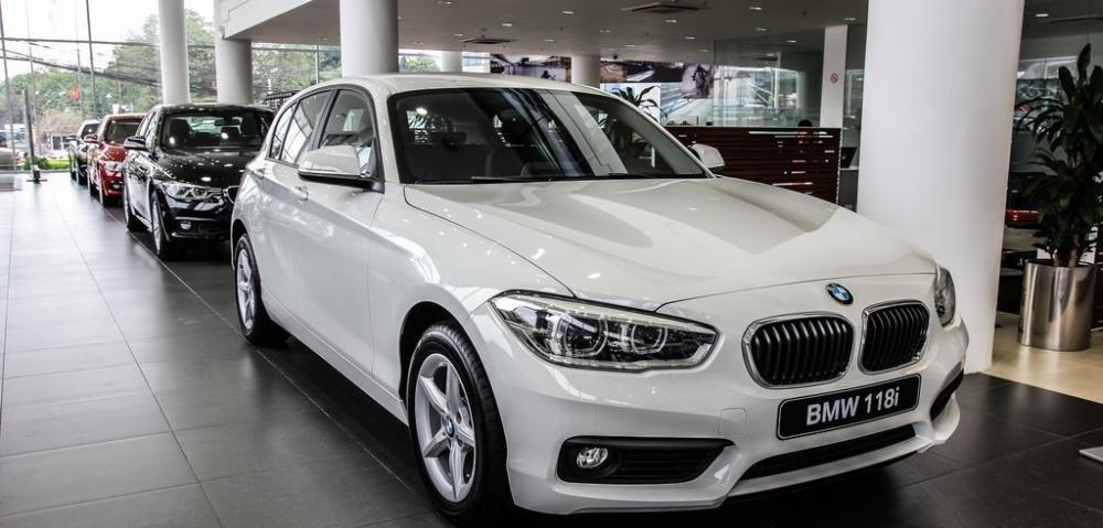 Cần bán BMW 1 Series 2017, màu trắng, nhập khẩu, ưu đãi có hạn
