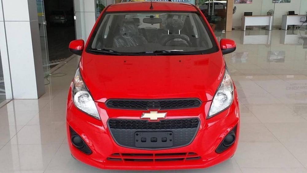 Chevrolet Spark LS, LT 2017: Tặng ngay tiền mặt + Gói phụ kiện chính hãng