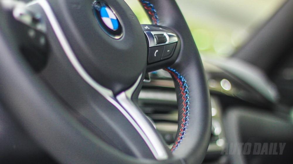 """BMW M4 """"đập vào mắt"""" với màu sơn vàng độc đáo, giao ngay,TẶNG CHUYÊN ĐI HÀN QUỐC THAM GIA GIẢI ĐUA MCAR!"""
