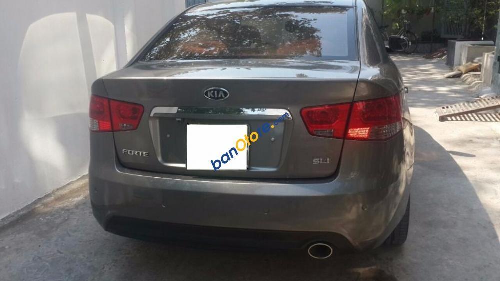 Cần bán xe Kia Forte SLI đời 2009, màu xám, nhập khẩu số tự động, giá 435tr
