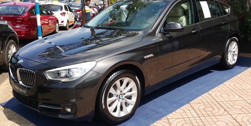 Cần bán BMW 5 Series năm 2017, màu xám, nhập khẩu nguyên chiếc